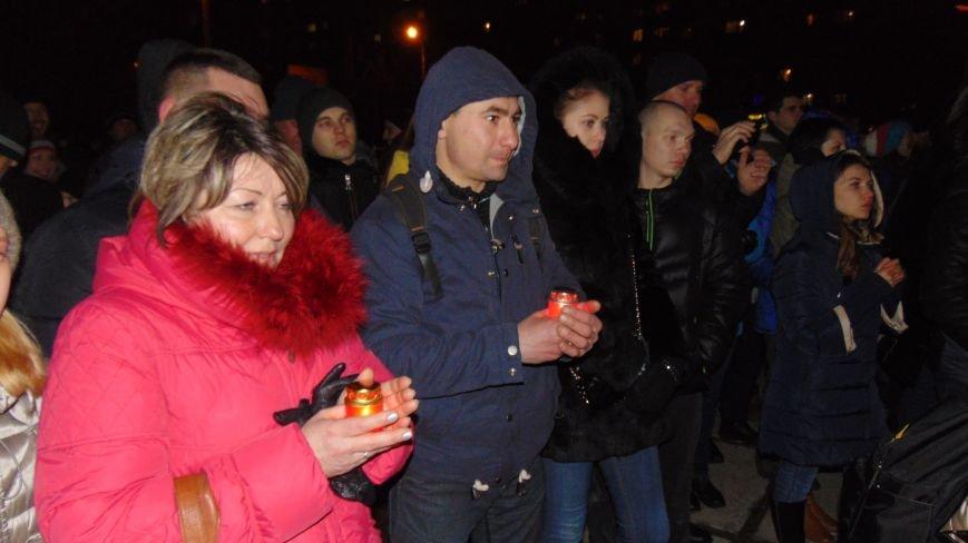 Родители Кузьмы Скрябина поблагодарили жителей Мариуполя за память и любовь к творчеству сына (ФОТО) (фото) - фото 3