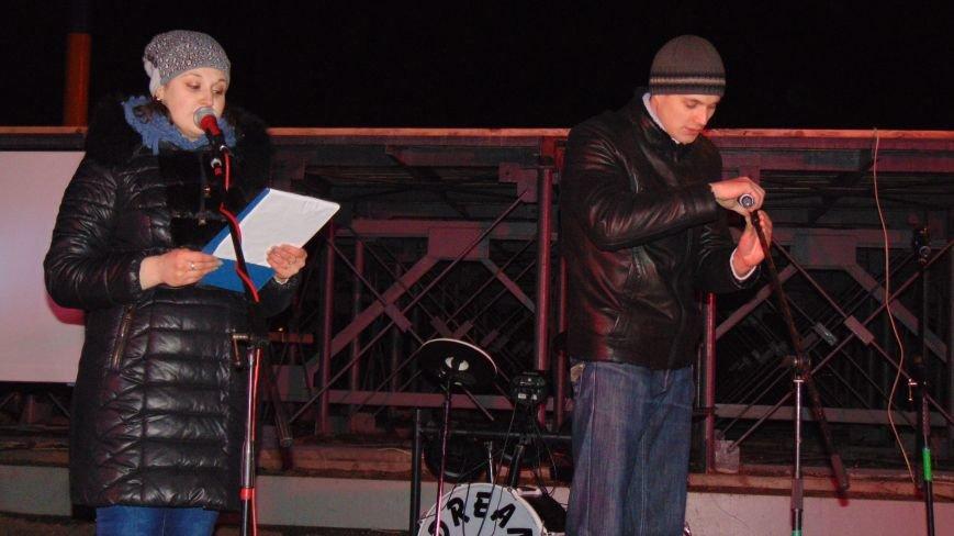 Родители Кузьмы Скрябина поблагодарили жителей Мариуполя за память и любовь к творчеству сына (ФОТО) (фото) - фото 2
