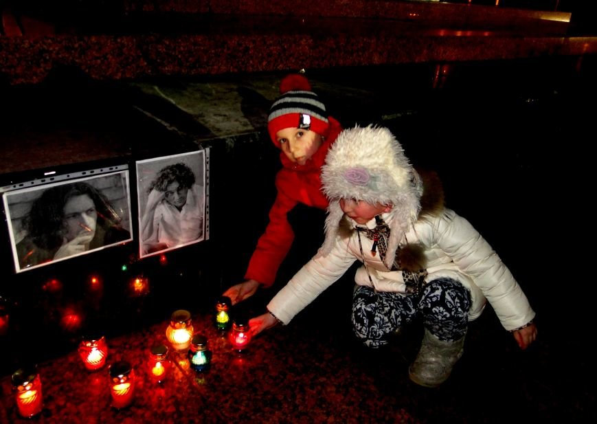 Хмельничани провели вечір пам'яті Андрія Кузьменка (Фото) (фото) - фото 1