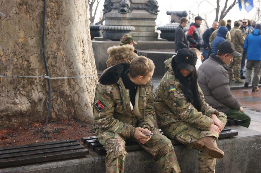 7fe5277f26f1d9a004968292838ff777 Одесситы пообещали депутатам горсовета не выпускать их из здания мэрии