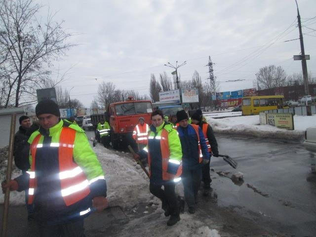 09f734fcfd292397f4c9611d0ffe7c2b В Николаеве разогнали нелегальных одесских перевозчиков