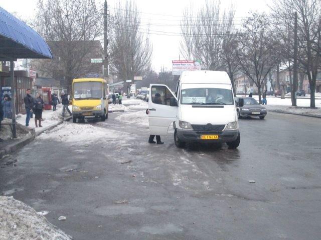 12fca1b4688b63091eca494a47d0a3a7 В Николаеве разогнали нелегальных одесских перевозчиков