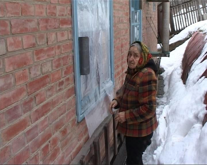 В Полтаве 85-летняя пенсионерка помогла задержать псевдополицейского (фото) - фото 2