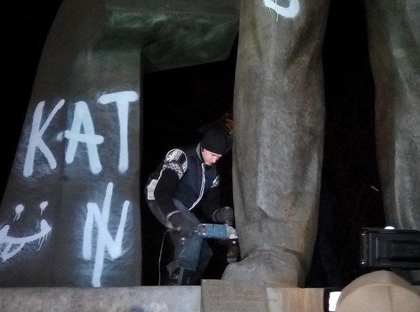 За что повалили памятник Петровскому: две судьбы одного человека (фото) - фото 2