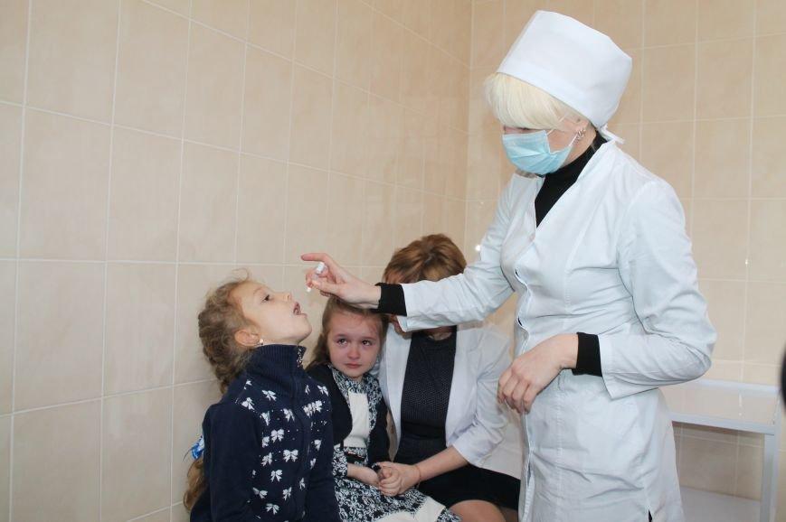 В Артемовске-Бахмуте проходит третий тур иммунизации против полиомиелита, фото-1