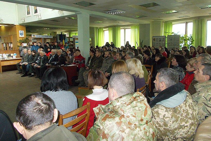 В Cлов'янську відбулася зустріч гвардійців з краєзнавцями (фото) - фото 1