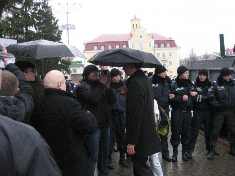 Суд оправдал милиционера, котрого обвиняли в разгоне Евромайдана в Чернигове, фото-1