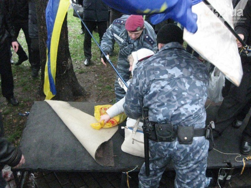 Суд оправдал милиционера, котрого обвиняли в разгоне Евромайдана в Чернигове, фото-3