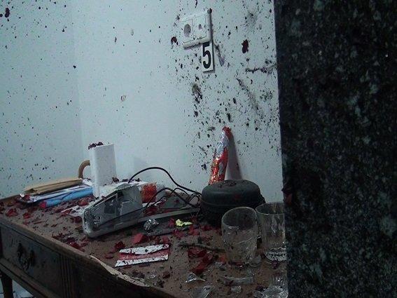 В Киеве полиция начала производство из-за взрыва в офисе (ФОТО, ВИДЕО) (фото) - фото 3