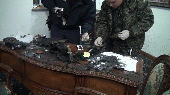 В Киеве полиция начала производство из-за взрыва в офисе (ФОТО, ВИДЕО) (фото) - фото 2