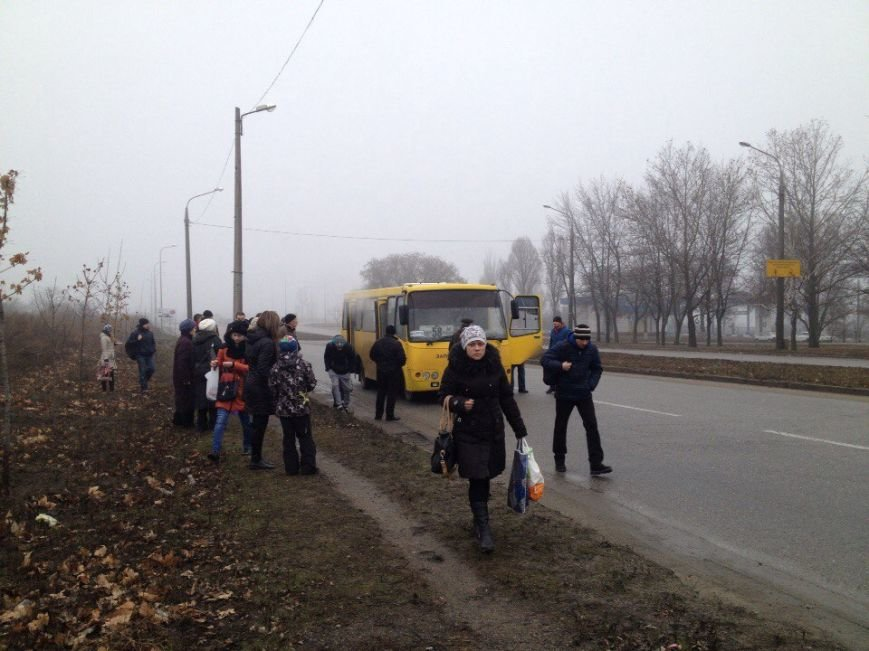 В Запорожье загорелась маршрутка, - ФОТО (фото) - фото 2