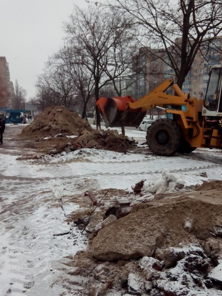 В Чернигове на улице Рокоссовского наконец-то убрали «трубу», фото-1