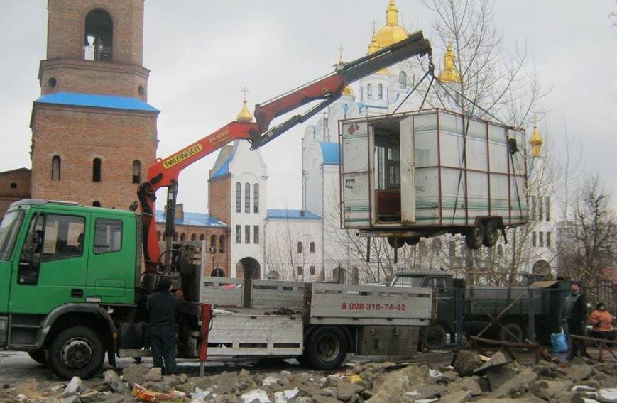 В Чернигове на улице Рокоссовского наконец-то убрали «трубу», фото-2