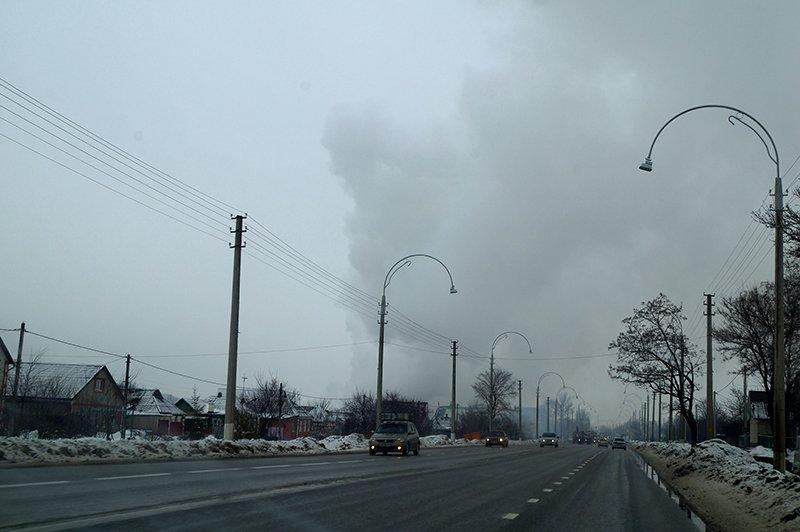 В Белгороде по улице Сумской сгорела мебельная мастерская (фото) - фото 1