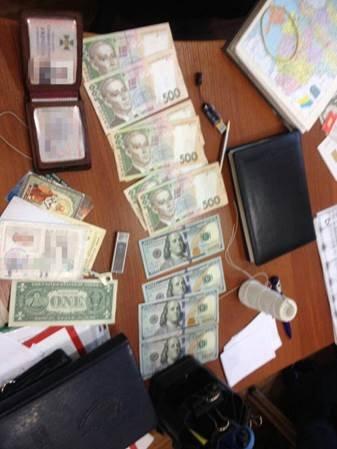 В Запорожье в ходе спецоперации задержаны  взяточники из СБУ, -Официально. (фото) - фото 1