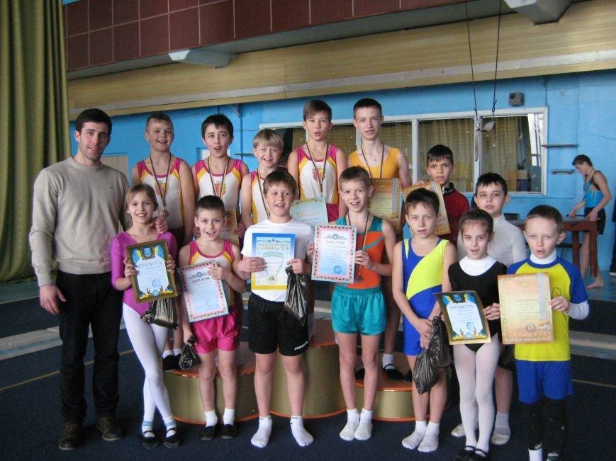 5 днепродзержинцев отправятся на Чемпионат Украины по прыжкам на акробатической дорожке (фото) - фото 5