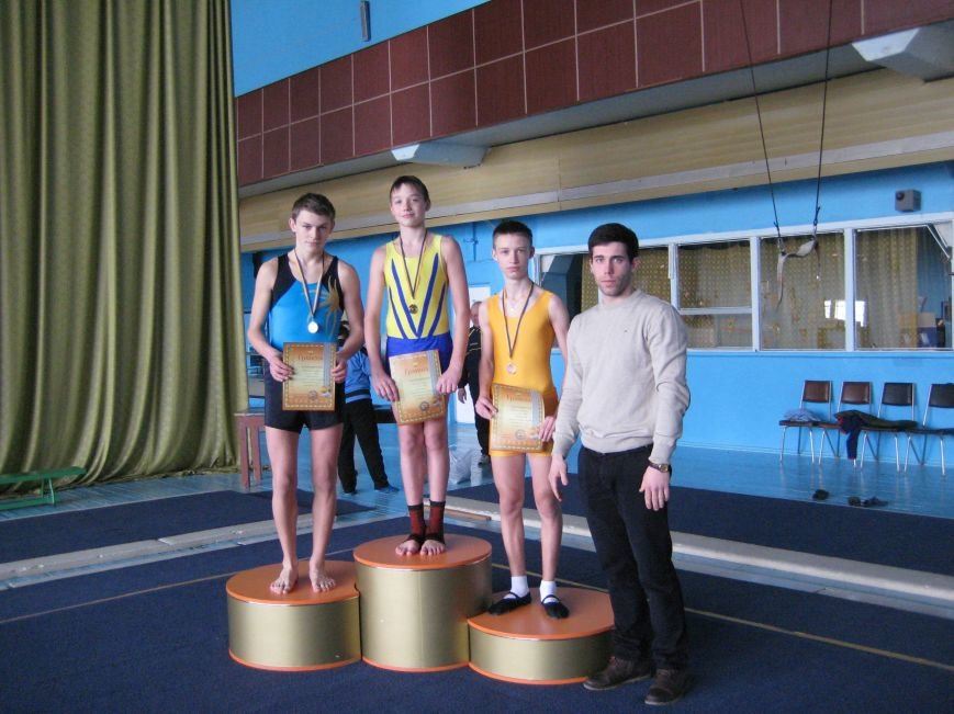 5 днепродзержинцев отправятся на Чемпионат Украины по прыжкам на акробатической дорожке (фото) - фото 3