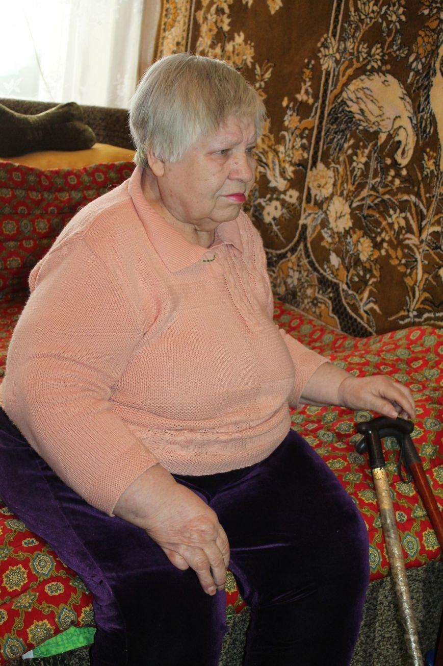 Одиноким пенсионерам будут ежемесячно оказывать благотворительную помощь, фото-1