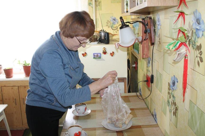 Одиноким пенсионерам будут ежемесячно оказывать благотворительную помощь, фото-6