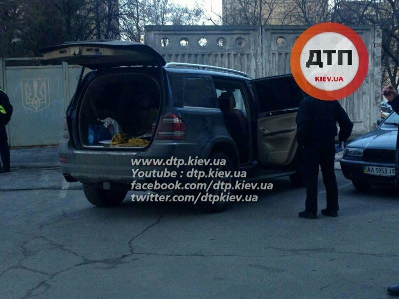 В Киеве в результате погони полиция задержала автоугонщиков (ФОТО), фото-2