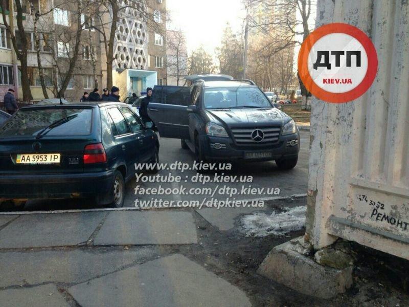 В Киеве в результате погони полиция задержала автоугонщиков (ФОТО), фото-4