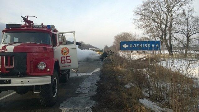 Под Днепропетровском загорелась машина с водителем внутри: фотографии, фото-2