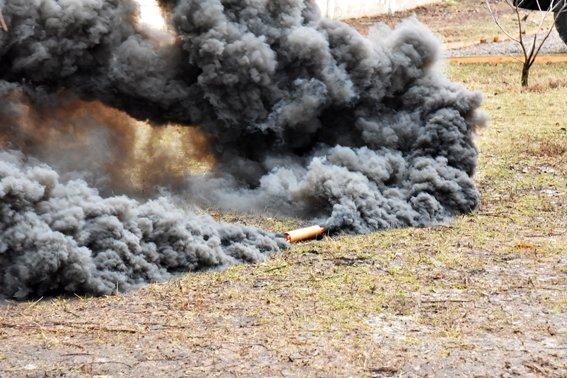 В Мариуполе силовики  отразили штурм областного главка полиции (ФОТО) (фото) - фото 1