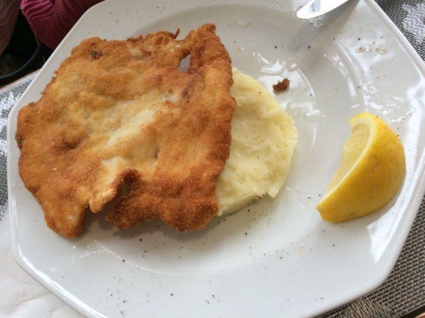 «Поесть на 100 гривен»: обед в сигаретном дыму в «Баварском дворе» (ФОТО и ВИДЕО) (фото) - фото 10
