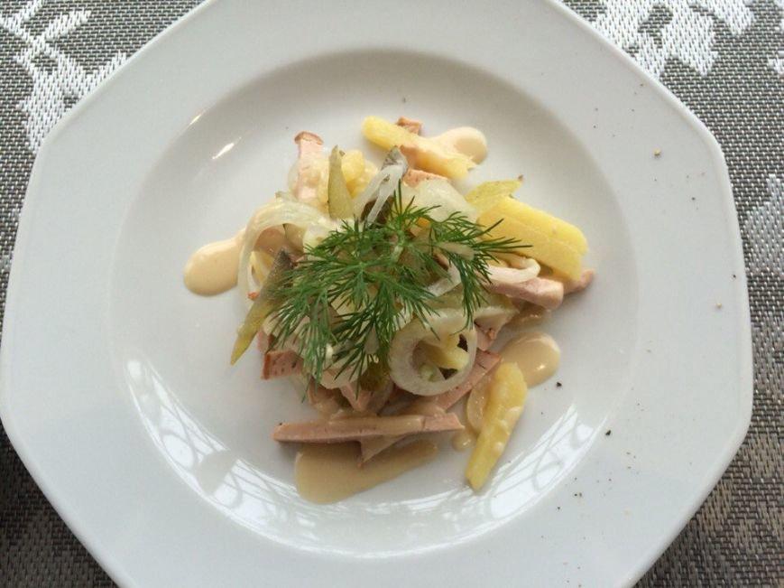 «Поесть на 100 гривен»: обед в сигаретном дыму в «Баварском дворе» (ФОТО и ВИДЕО) (фото) - фото 8