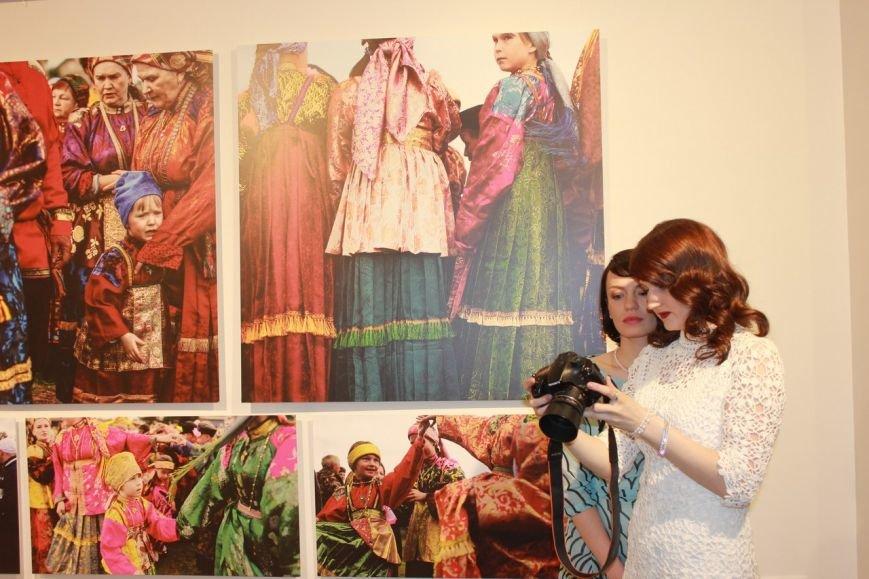 Сыктывкарские фотографы испытали шок, побывав на Петровщине (фото) - фото 1