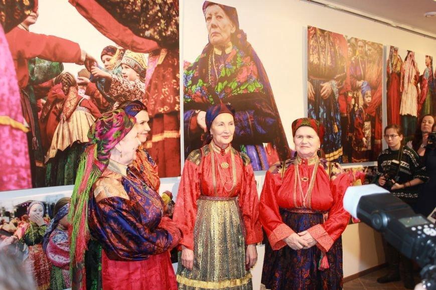 Сыктывкарские фотографы испытали шок, побывав на Петровщине (фото) - фото 10