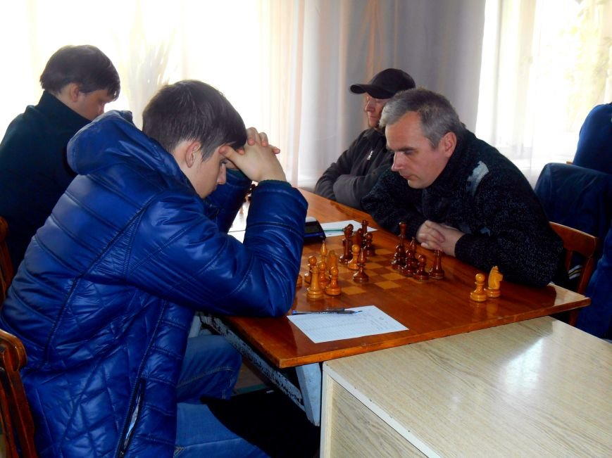 В Славянске проходит 78 чемпионат по шахматам (фото) - фото 1