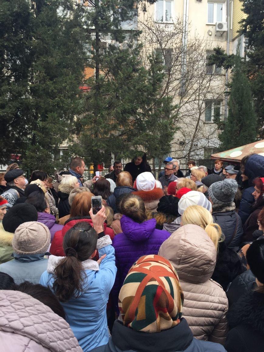 Коммунальные страсти в Ялте - кому верить и кто виноват? ВИДЕО, фото-1