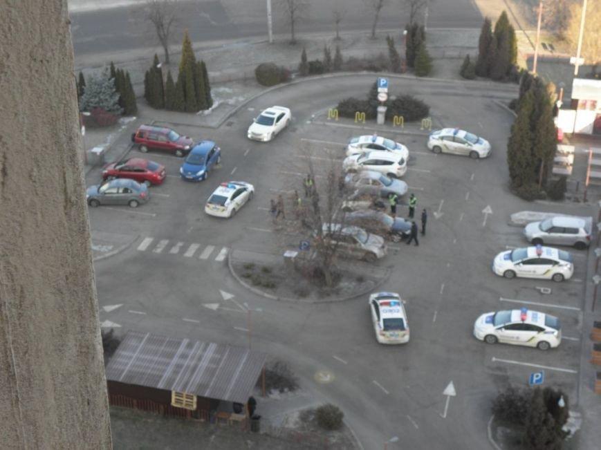 В Днепропетровске 7 патрульных экипажей задержали одного нарушителя (ФОТО) (фото) - фото 1