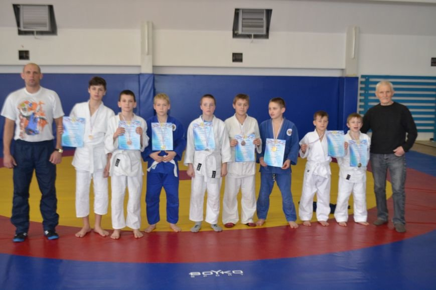 Ялтинские дзюдоисты завоевали в Алуштинском турнире 9 золотых медалей, фото-2