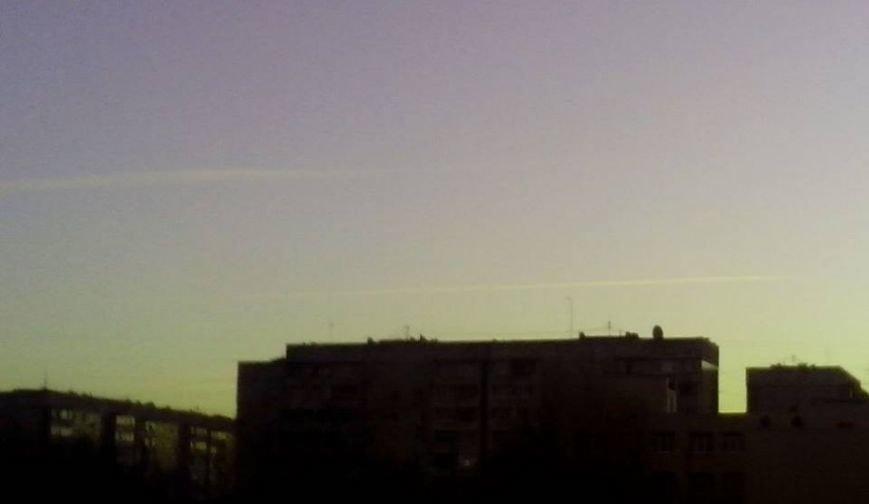 Над Луганском и Станицей летают реактивные самолеты? (ФОТО), фото-2