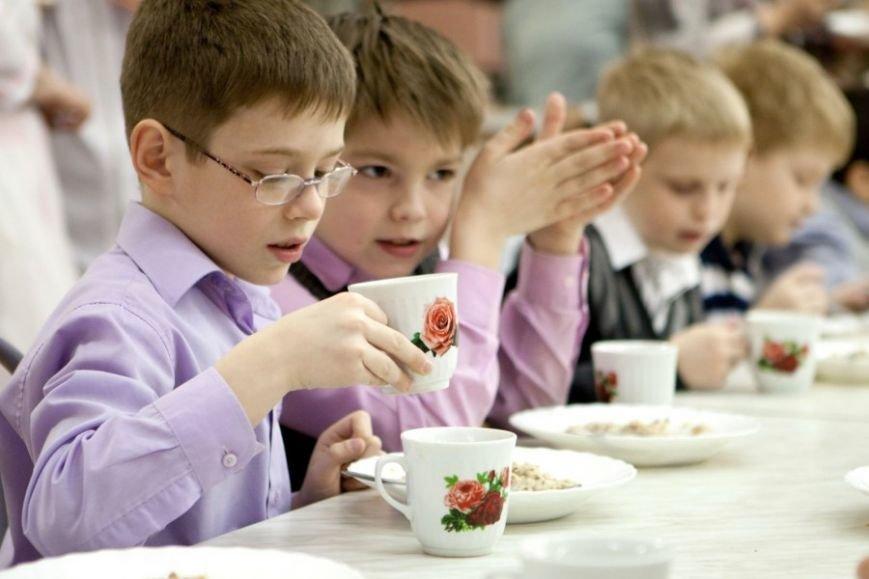 Картошка-фри, торты, фрукты и много мяса: каким видят идеальный обед гродненские школьники? (фото) - фото 1