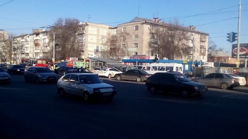 На перекрестке Правды и Калиновой в ДТП попали полицейские: фотографии (фото) - фото 3