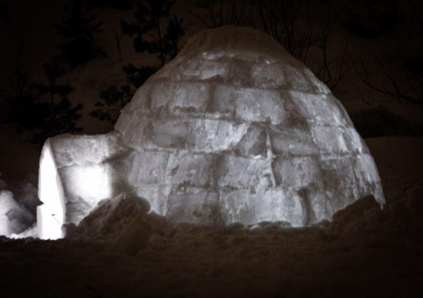 Ульяновцы построили настоящее иглу и переночевали в нем (фото) - фото 1