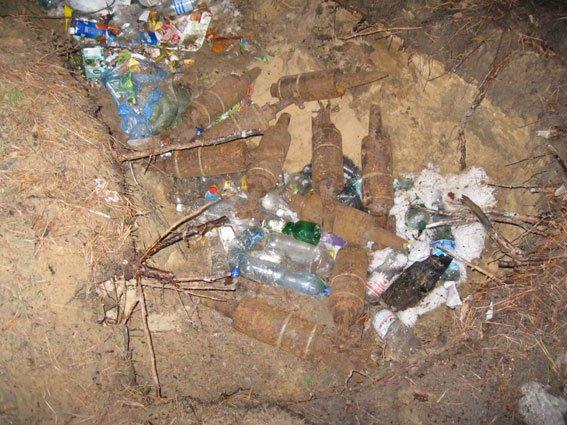 В черниговских лесах еще много страшных находок (фото) - фото 1