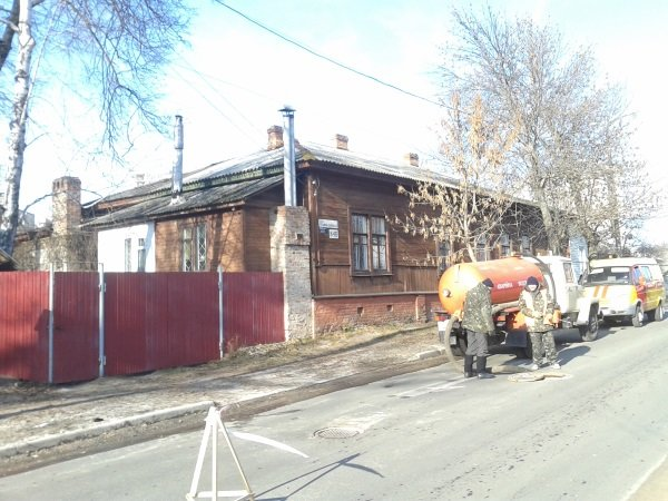 Вместе со снегом на улицах Чернигова «растаял» асфальт, фото-2