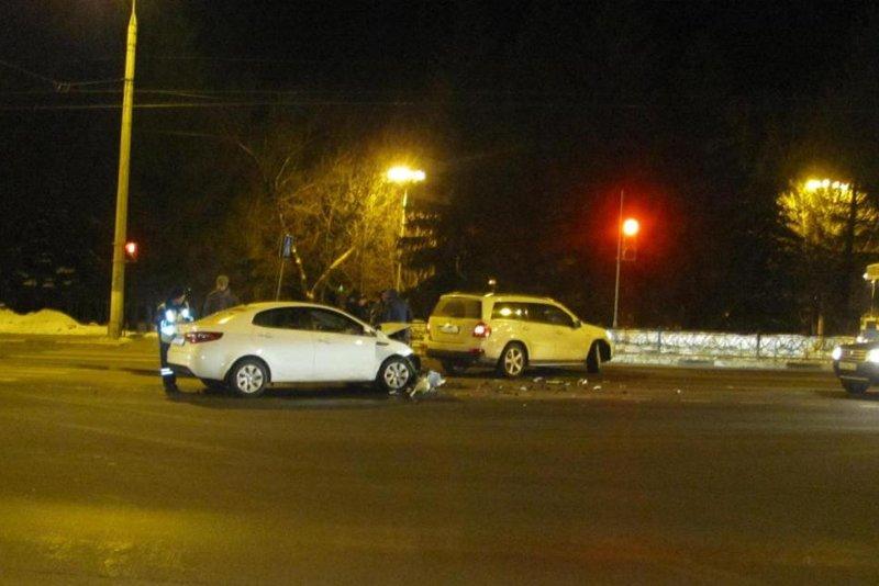В Белгородском районе под колёсами грузовика погиб пешеход (фото) - фото 1