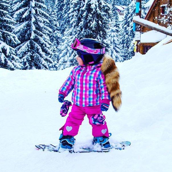 Годовалая девочка из Одессы на сноуборде покоряет вершины Драгобрата (ФОТО, ВИДЕО) (фото) - фото 1