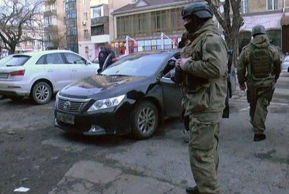 В Одессе полицейские задержали грабителей на угнанной машине (ФОТО) (фото) - фото 1