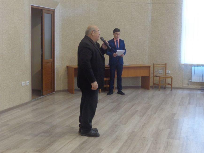 В Красноармейском индустриальном институте торжественно вручили дипломы магистрам (фото) - фото 18