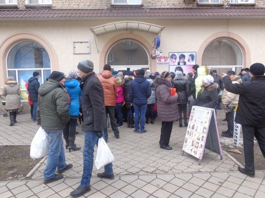 В Красноармейск приехала гуманитарная помощь для переселенцев (фото) - фото 11