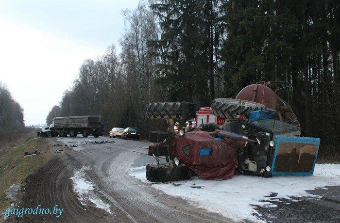 Серьезная авария возле Скиделя: в лобовую столкнулись МАЗ и