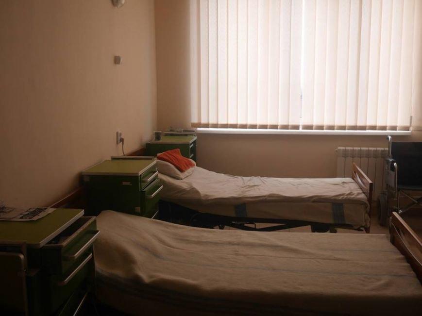 В  міській лікарні відремонтували відділення неврології (фото) - фото 1