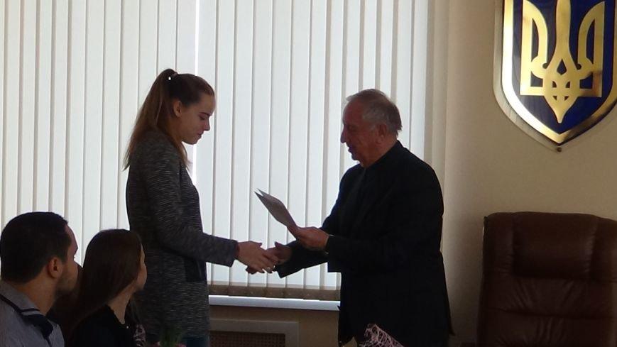 Пять спортсменов-ильичёвцев будут получать стипендию городского головы (+фото) (фото) - фото 3