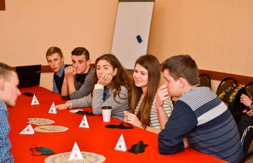 У фіналі студентської гри в мафію виграла Карина Ланова (фото) - фото 2